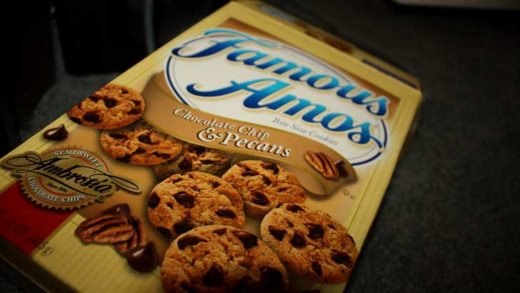 where did famous amos chocolate chip cookies originate