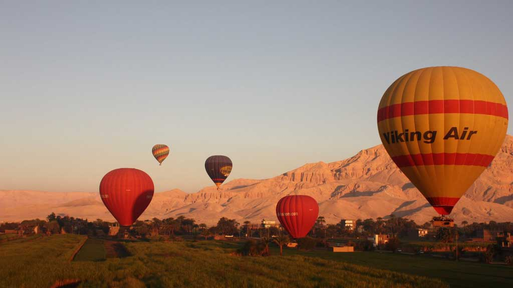 hot air ballons over egypt